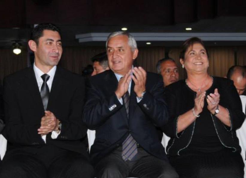 La foto y el mensaje de Otto Pérez Leal con su padre en el Mariscal Zavala