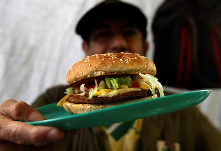 """ONU pide frenar con """"urgencia"""" la obesidad y el hambre en América Latina"""