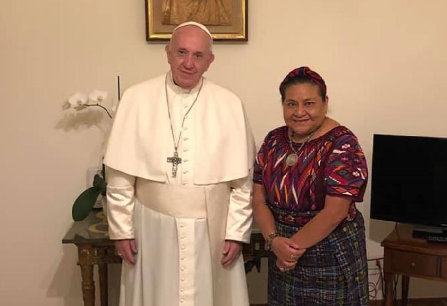 Papa Francisco recibe a Premio Nobel de La Paz, Rigoberta Menchú