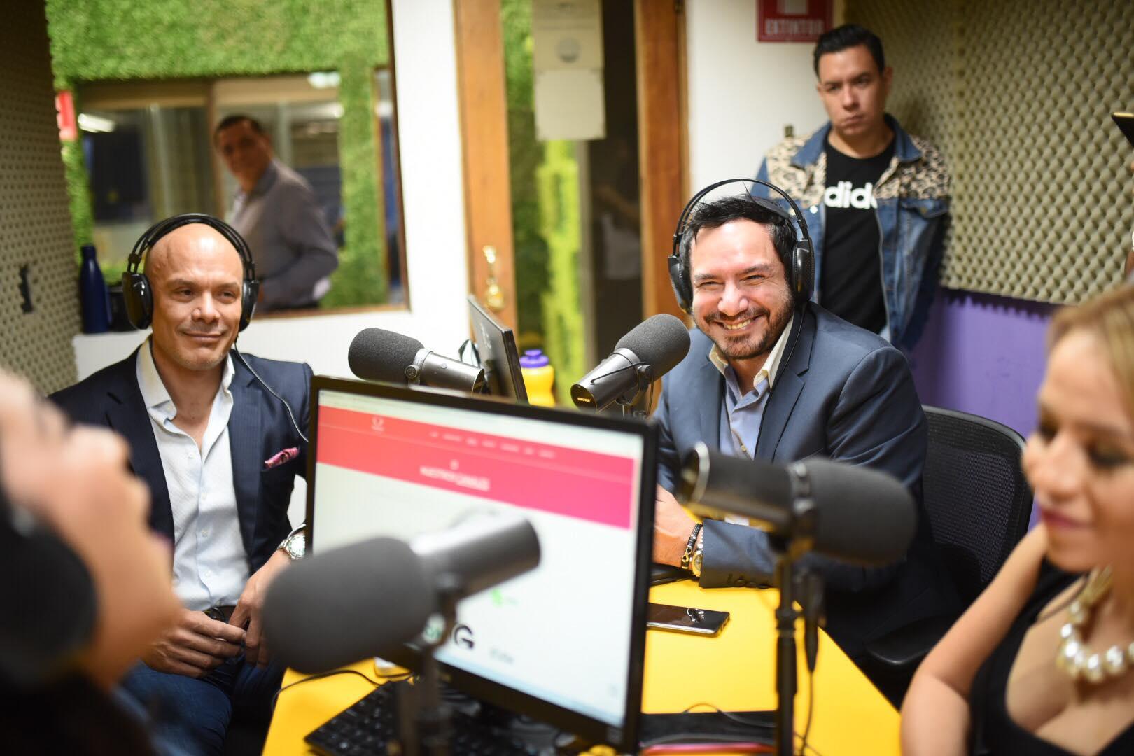 Fernando Muñiz de Televisa y Rodolfo Jiménez de Publinews en La Tronadora.