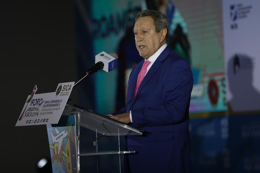 Centroamérica dialoga sobre su deuda histórica con el desarrollo