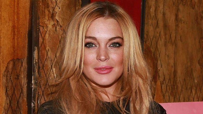 Lindsay Lohan presume sus atributos