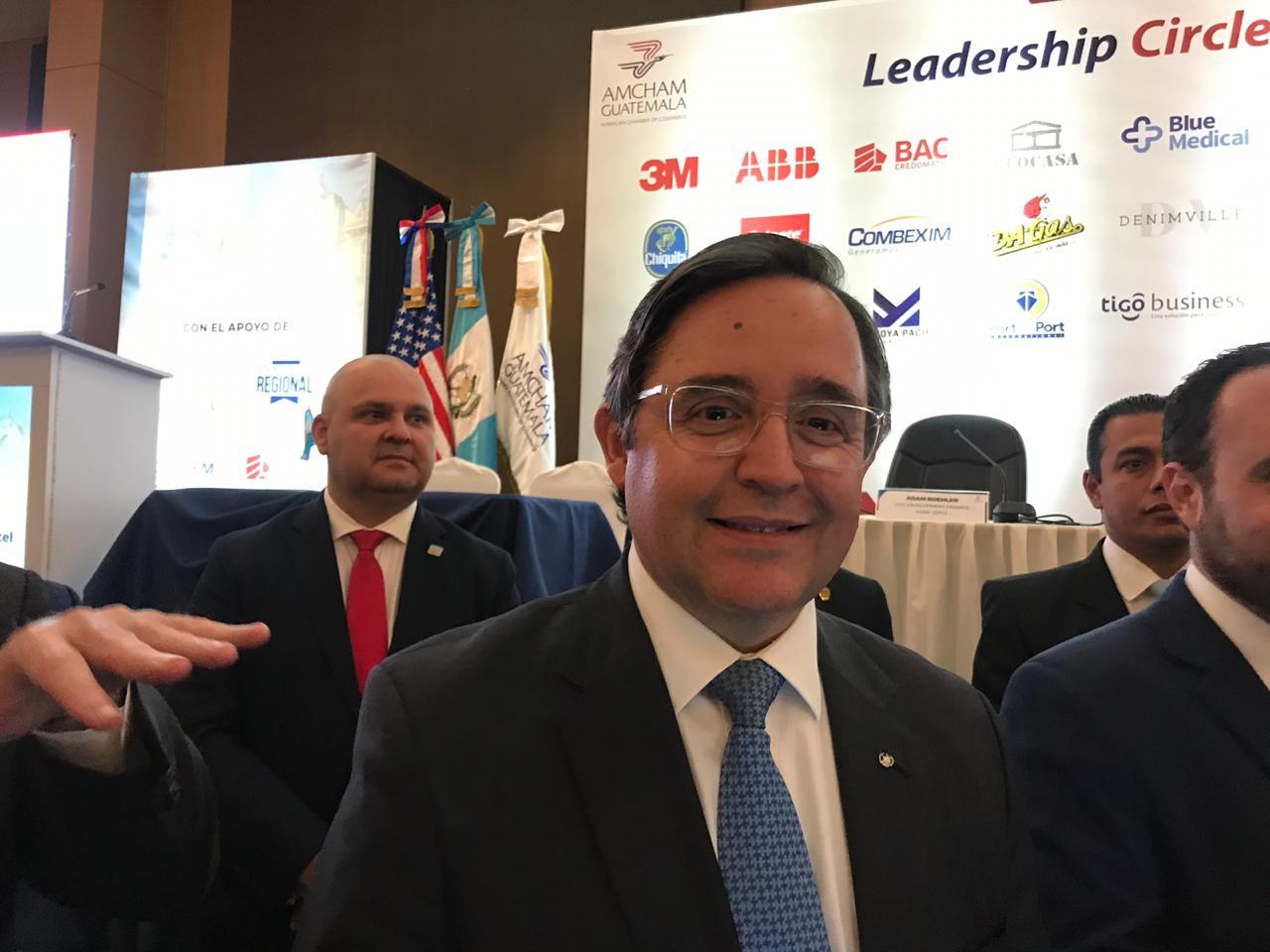 Giammattei designa a Alfonso Quiñónez como embajador ante EEUU