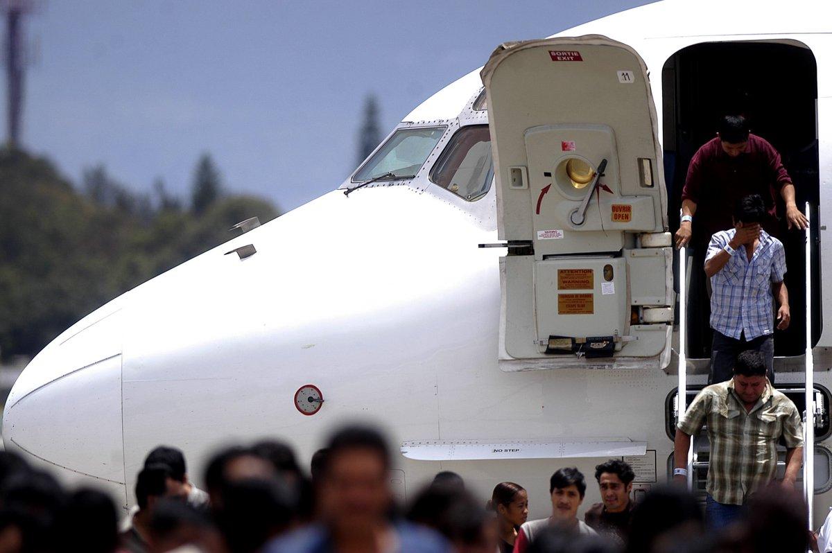 Migrantes retornados de EEUU trasladado a Hospital de Villa Nueva por sospecha de coronavirus
