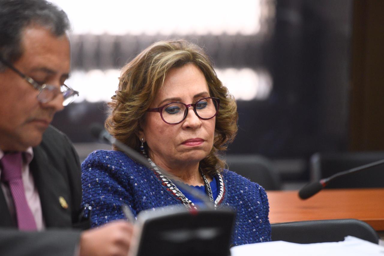 Jueza rechaza petición de Sandra Torres y continúa juicio en su contra