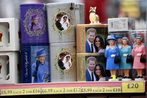 La Reina se reúne con el príncipe Harry para encontrar salida a crisis