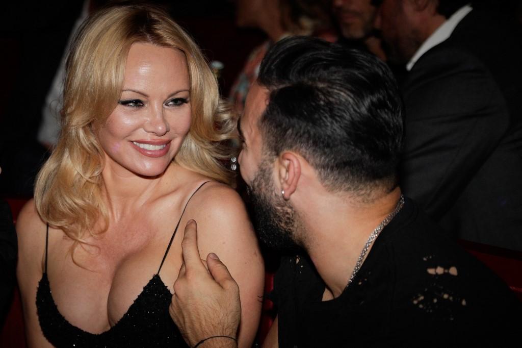 Pamela Anderson se casa por quinta vez