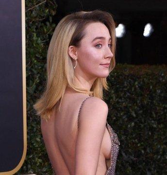 Saoirse Ronan alfombra Golden Globes