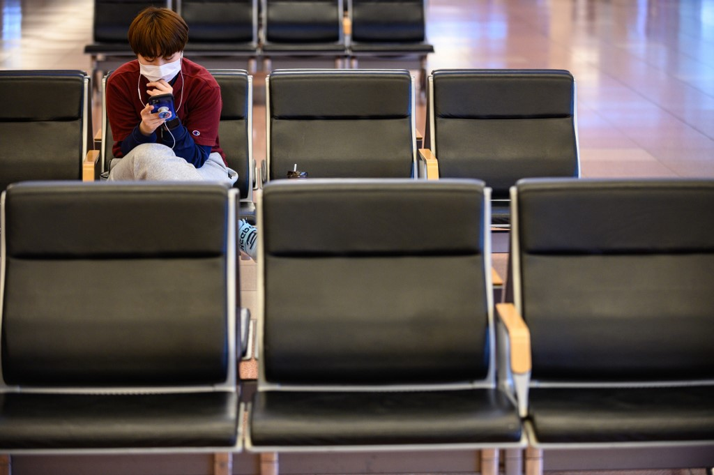 Paranoia por coronavirus obliga a vuelo a desviarse