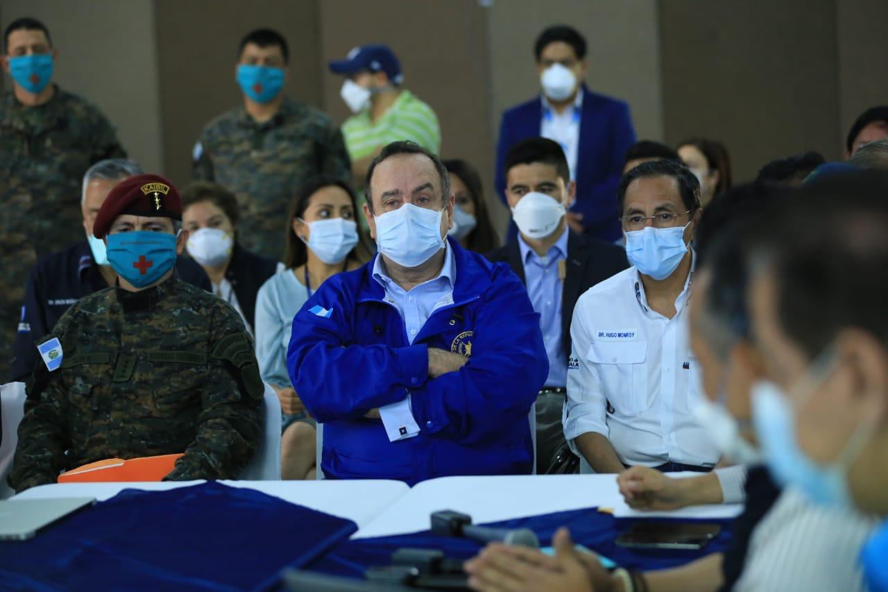 Trasladan a cuarentena a 19 personas al hospital de Villa Nueva que estuvieron en un crucero