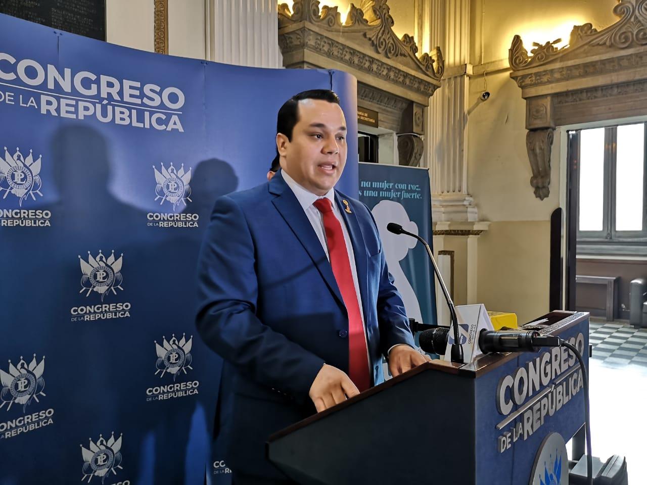 Diputado Manuel Rivera, partido Victoria