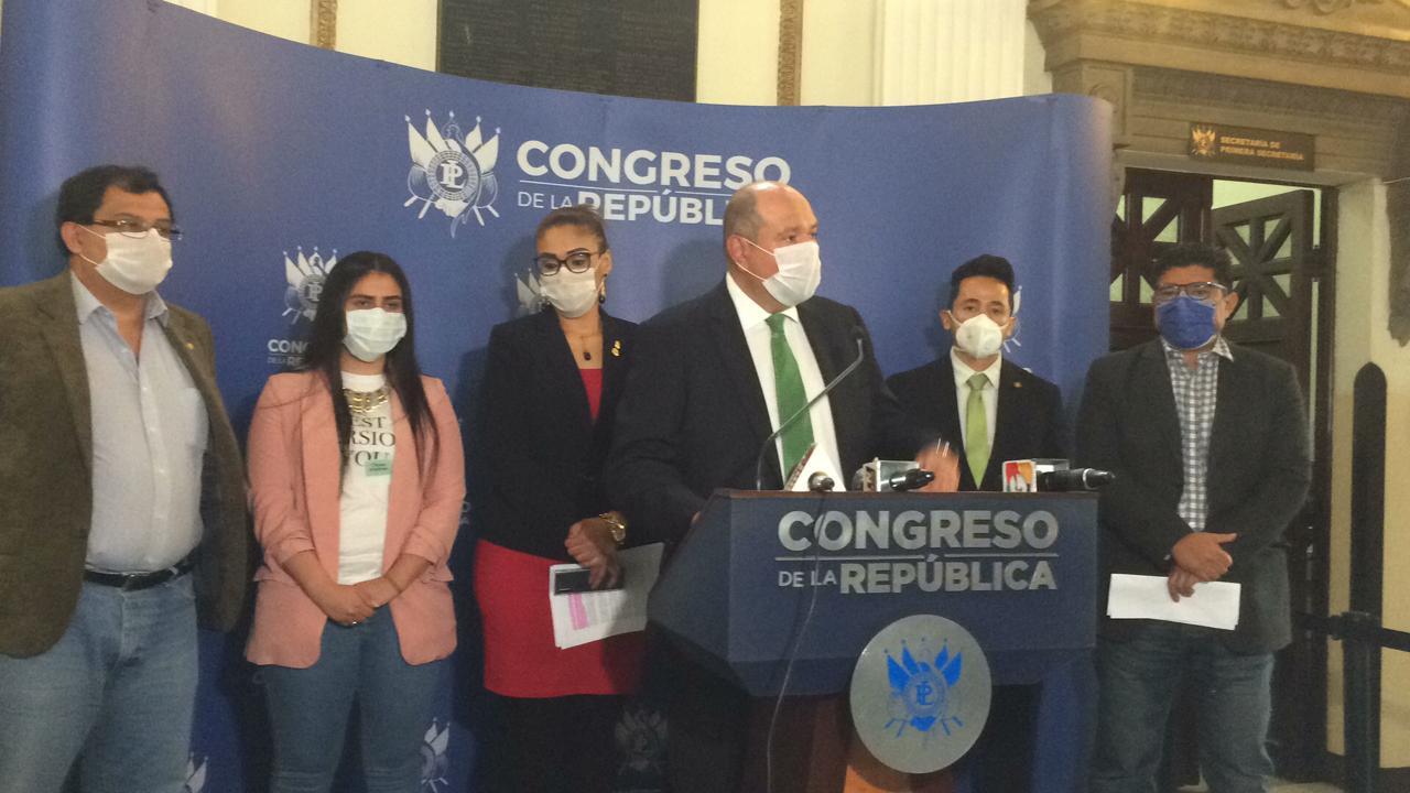 diputados de UNE plantean exonerar impuestos por coronavirus