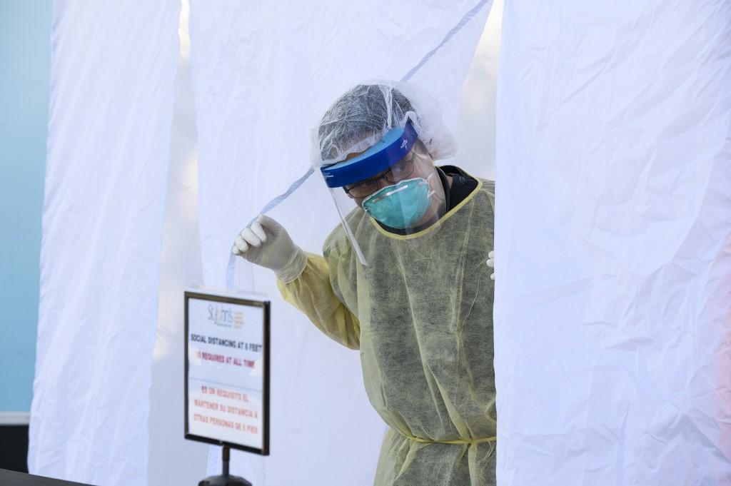Estados Unidos supera la barrera del millón de contagios