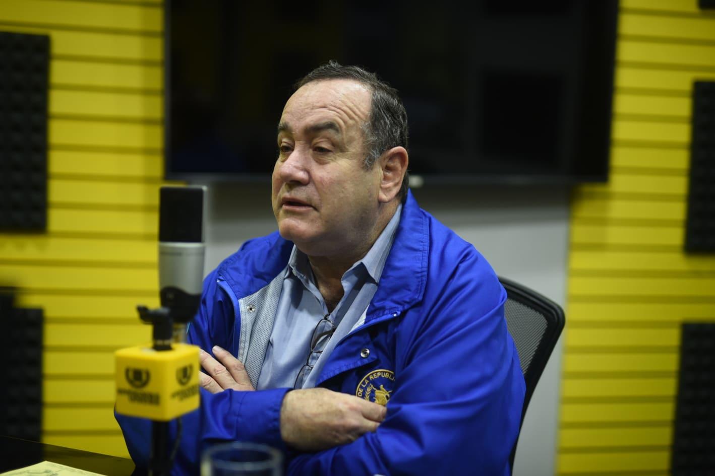 Presidente acusa a proveedores de oxígeno de querer extorsionarlo