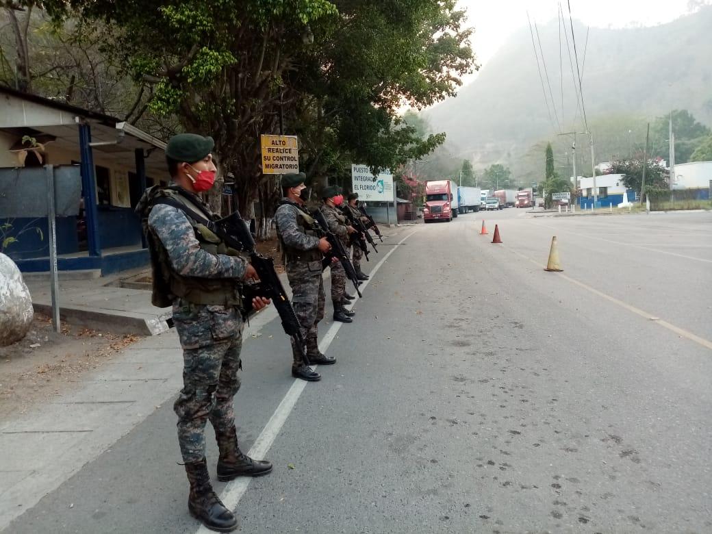 Ejército estrena fusiles de asalto comprados a Colombia