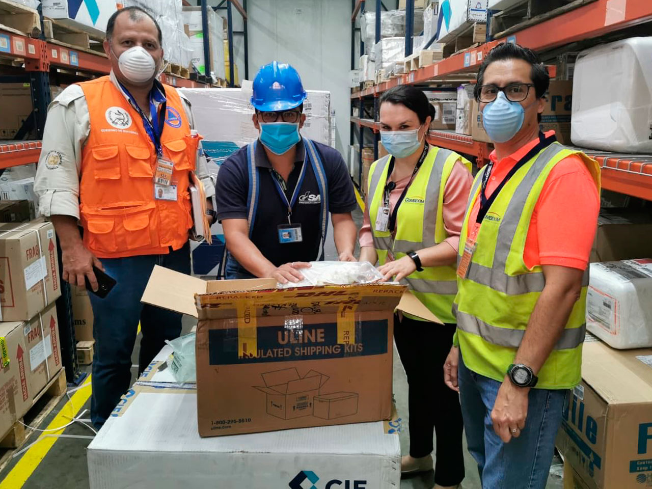 Fundesa entrega al gobierno mil pruebas para detectar coronavirus
