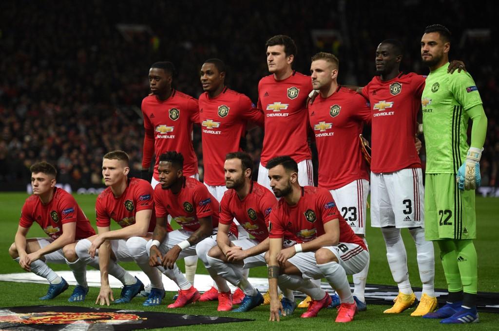 Manchester United no haría fichajes millonarios