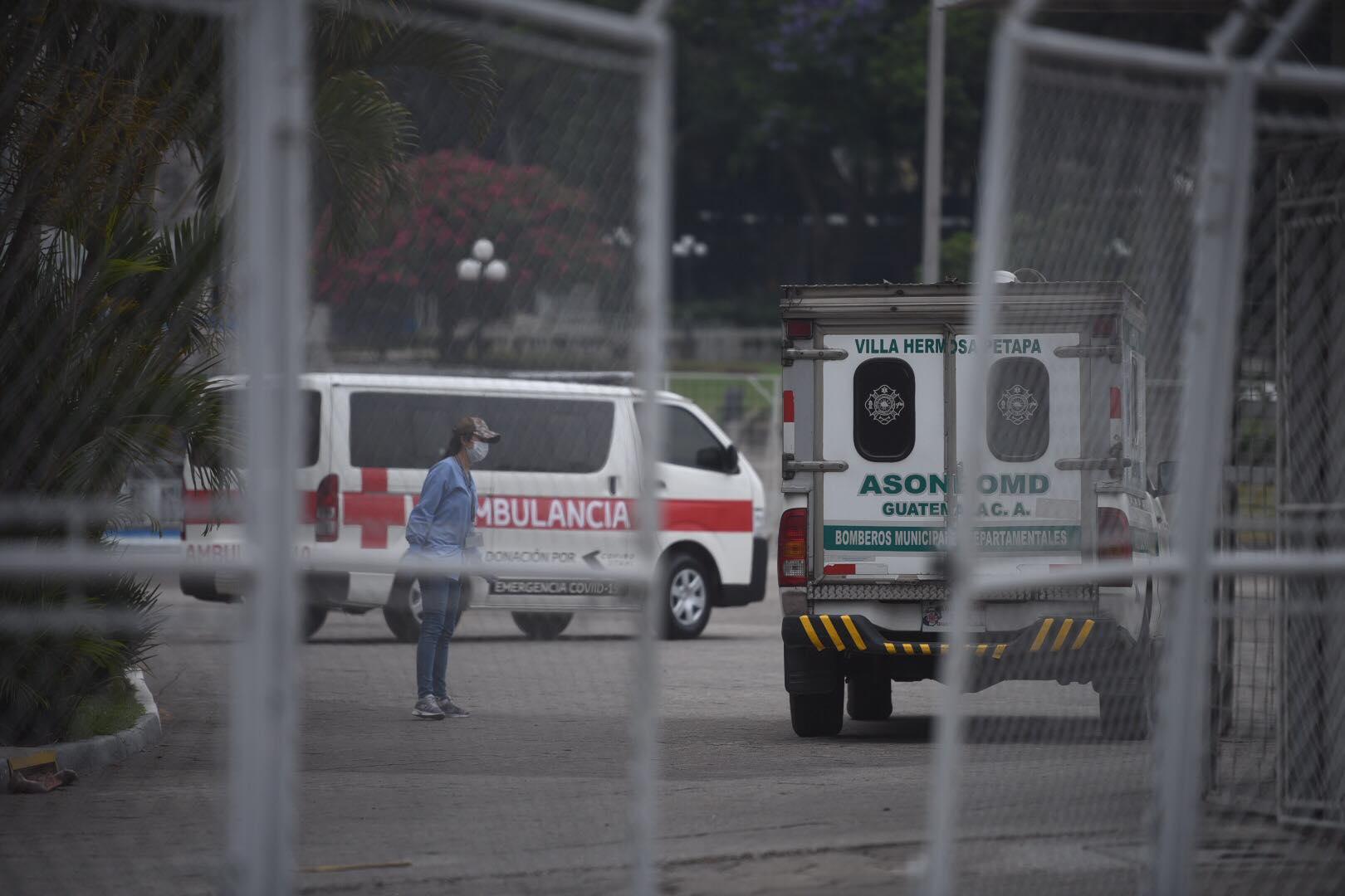 Denuncian falta de atención a paciente con COVID-19 en el Hospital Temporal del Parque de la Industria.
