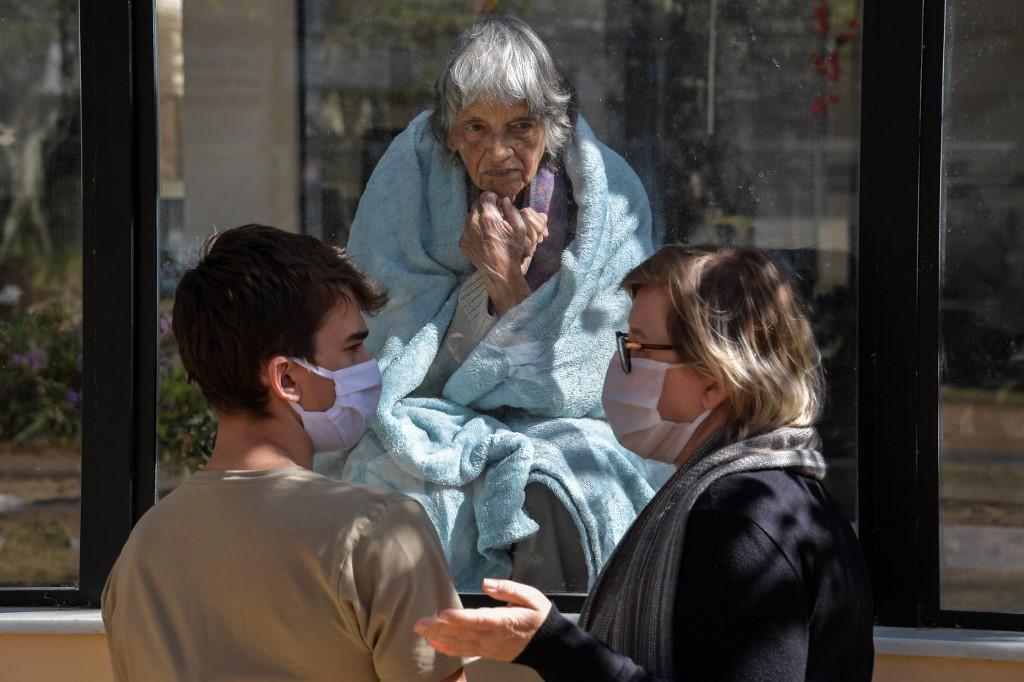 Récord de casos de coronavirus y más de mil muertos en 24 horas en Brasil