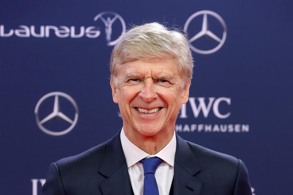 Arsene Wenger habla del fin de la era de Messi y Cristiano