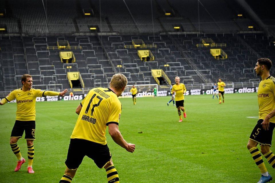 Celebraciones de los goles Borussia Dortmund vs Schalke 04