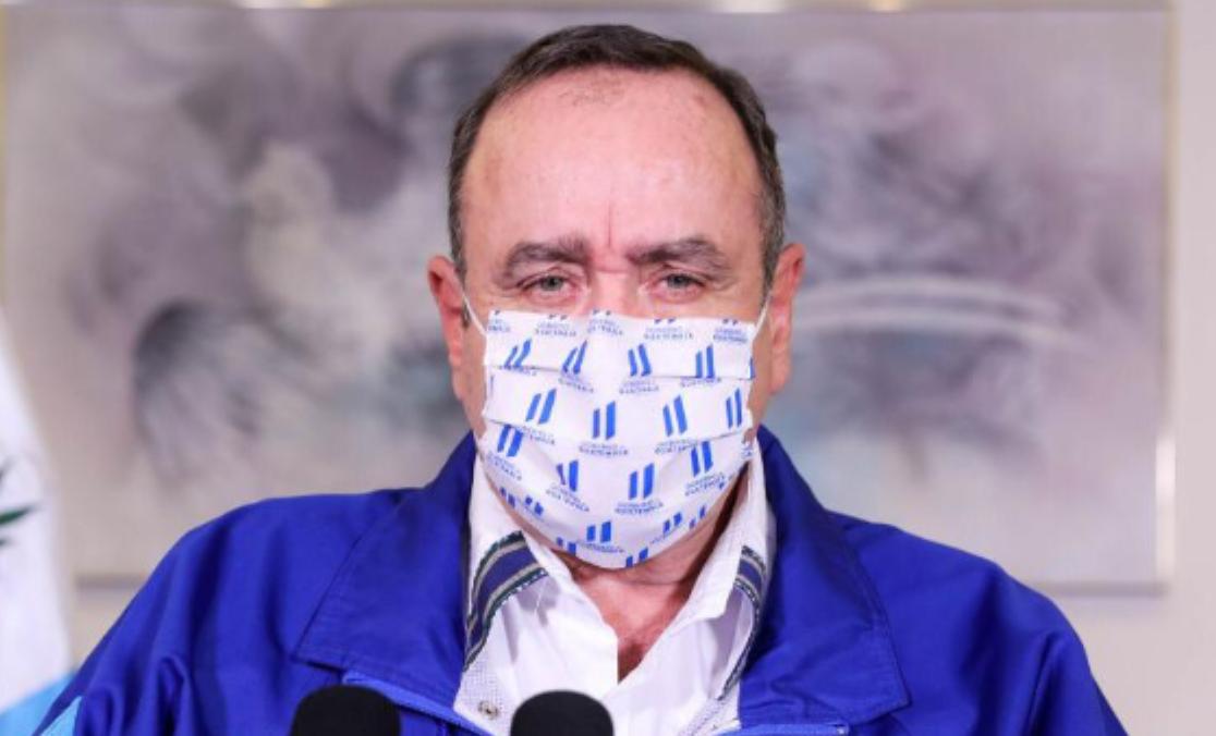 Giammattei confirma 370 nuevos casos de COVID-19 y tres muertes