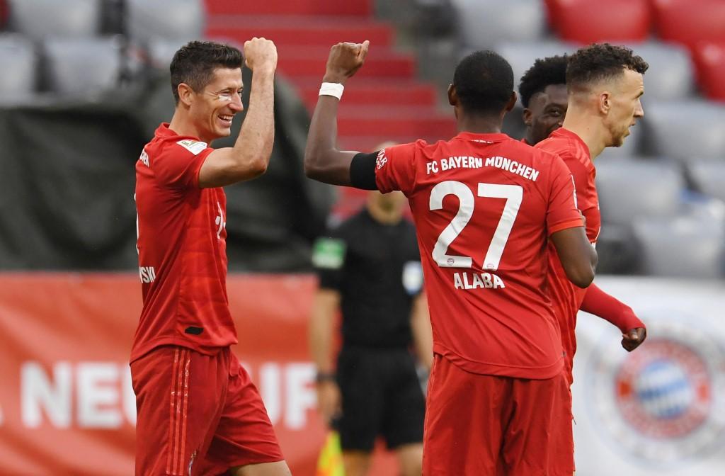Bayern Münich golea al Frankfurt