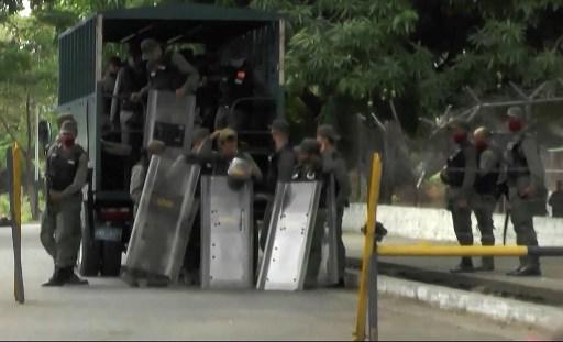 """Venezuela dice que frustró """"invasión"""" por mar y mató a """"8 mercenarios"""""""