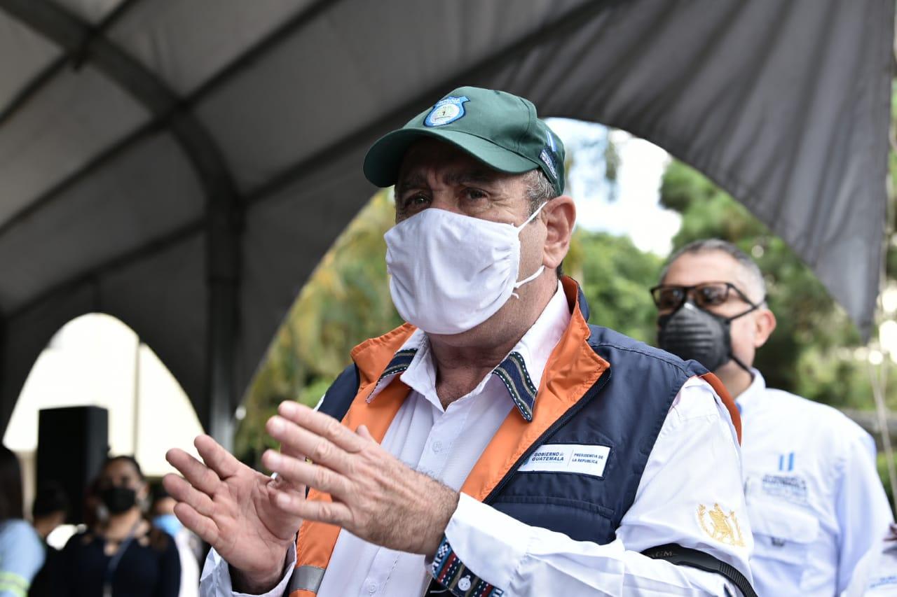 Giammattei confirma 58 contagios en Casa Presidencial