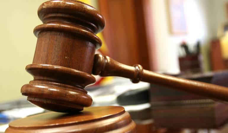 Hombre es condenado por violar a su hija