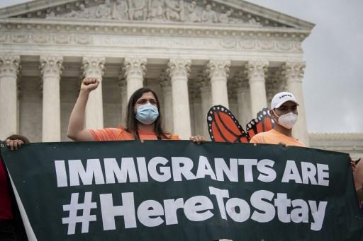 Corte Suprema de EEUU se pronuncia conra Trump y ampara a dreamers