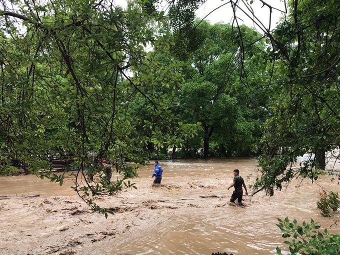 Suben a 22 los muertos por tormenta Amanda en El Salvador, Guatemala y Honduras
