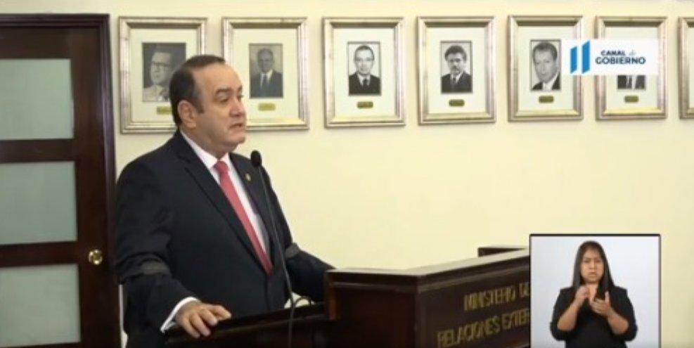 Giammattei confirma aumento a 151 contagios de coronavirus en Casa Presidencial