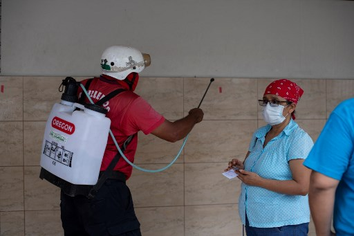 El Salvador tendrá hospital exclusivo para pacientes con COVID-19