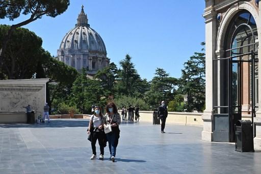 El Vaticano crea una ley de contratos públicos para luchar contra la corrupción