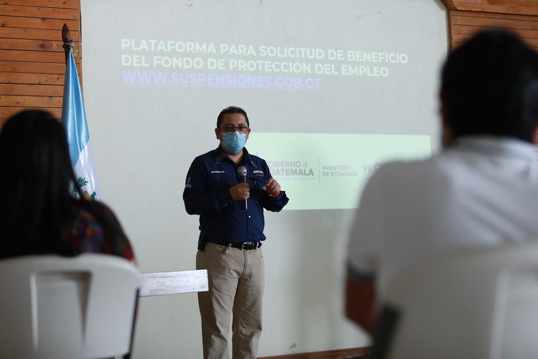 Mineco expone en Sololá el uso del Fondo de Protección del Empleo