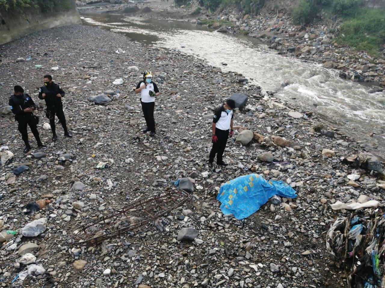 Una mujer muere y hay dos desaparecidos por crecida del río Las Vacas