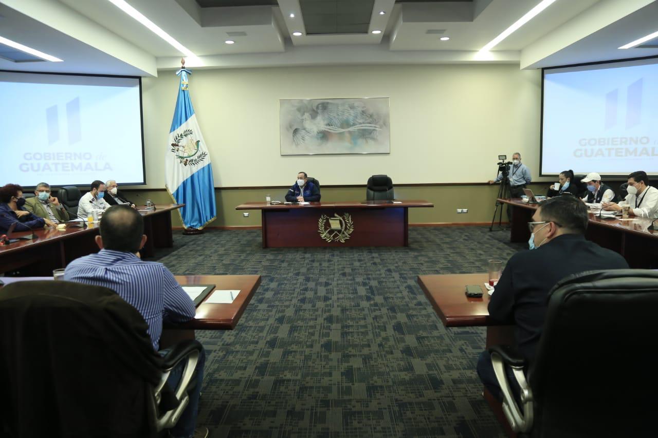 Presidente lleva a cabo Gabinete Extraordinario por el coronavirus