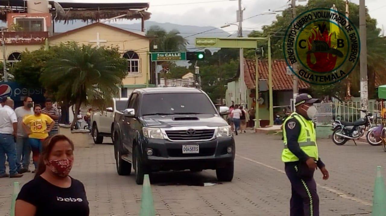 Atentan contra alcalde de Teculután, Zacapa, frente al edificio municipal