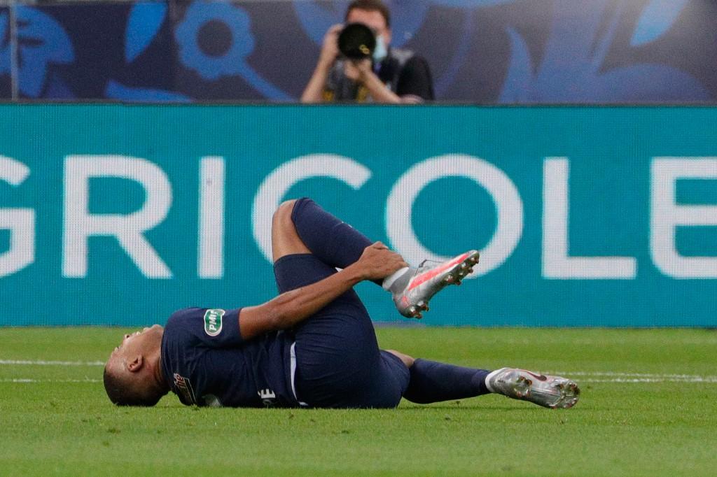 Kylian Mbappé sufre lesión en la final de la Copa de Francia