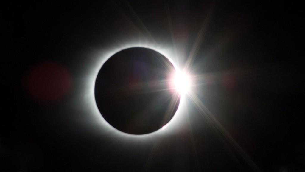 VIDEO | ¿Lo recuerda? Vuelva a vivir el eclipse total de sol de hace 29 años