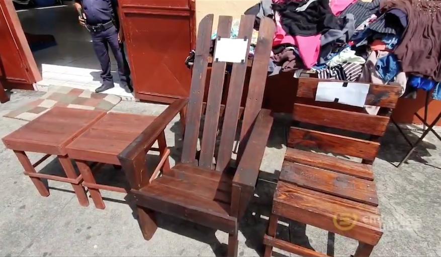 indigentes fabrican muebles