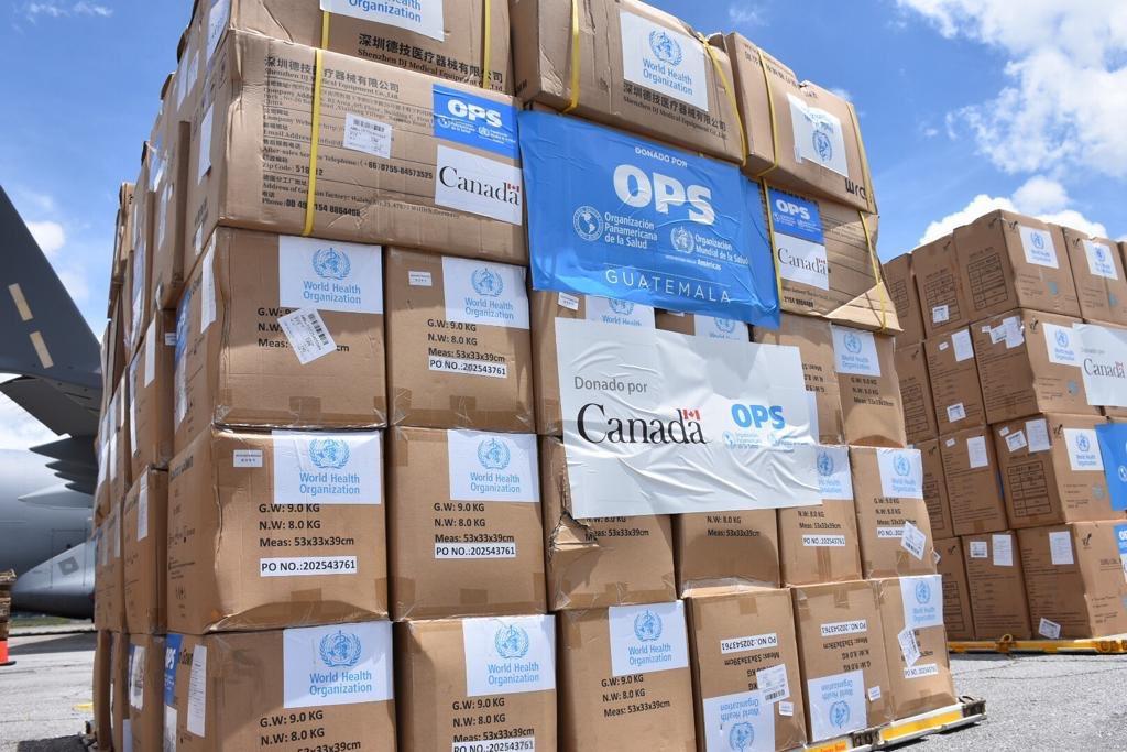 OMS dona a Guatemala 31 toneladas de equipo de protección para personal de Salud