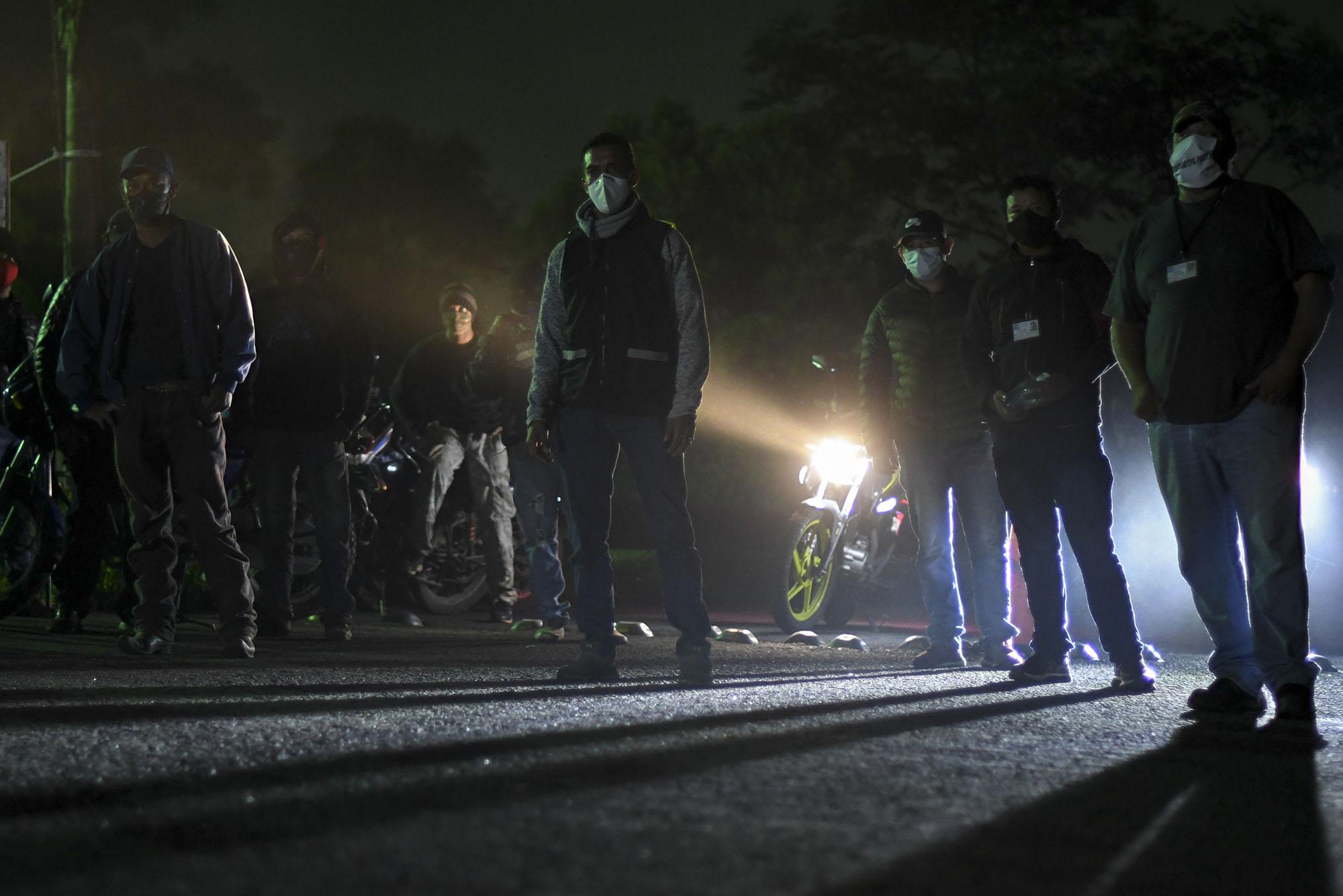 Pobladores de San Vicente Pacaya, Escuintla, hacen patrullajes por violencia y pandemia