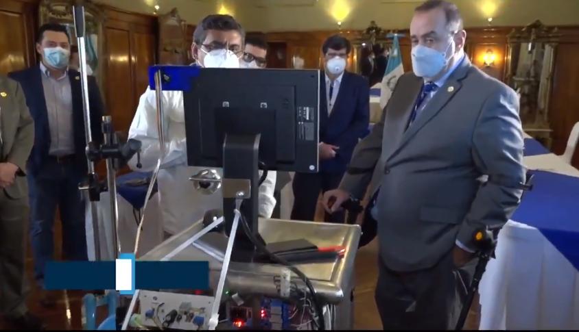 """Presentan a """"Joaquín 1.0"""", el primer ventilador mecánico hecho en Guatemala"""