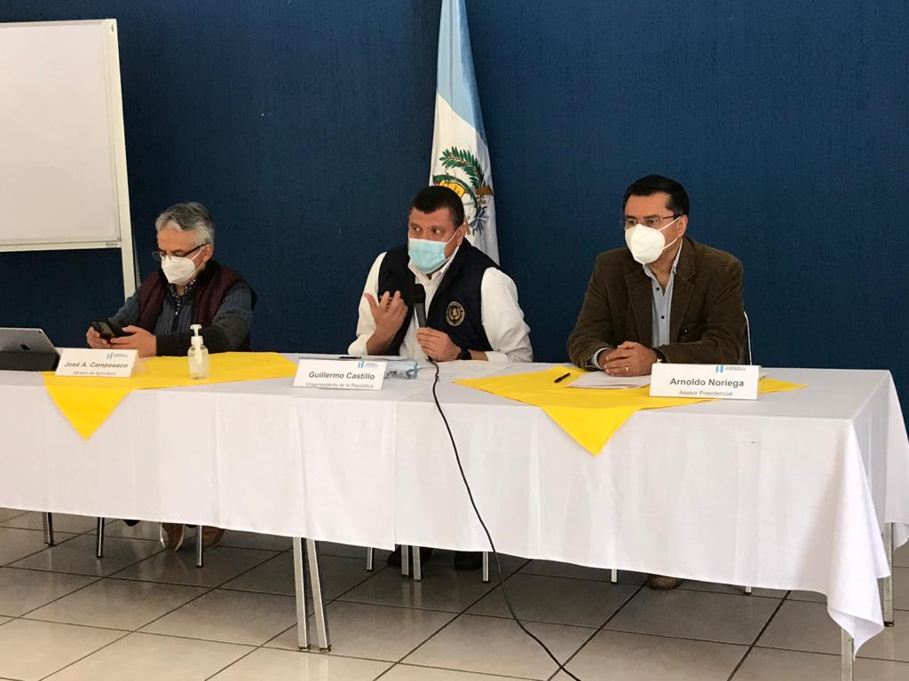 vicepresidente Guillermo Castillo en diálogo por conflicto en Sololá