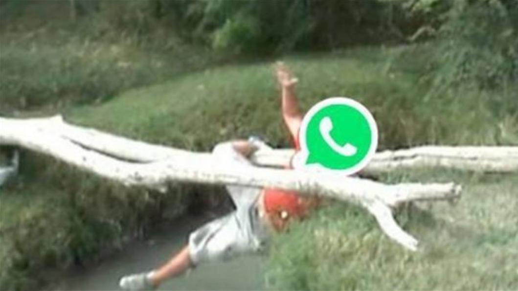 Memes por caída de WhatsApp