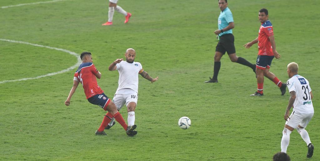 José Manuel Contreras vuelve a la actividad