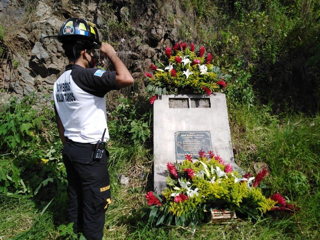 69 aniversario de los bomberos voluntarios