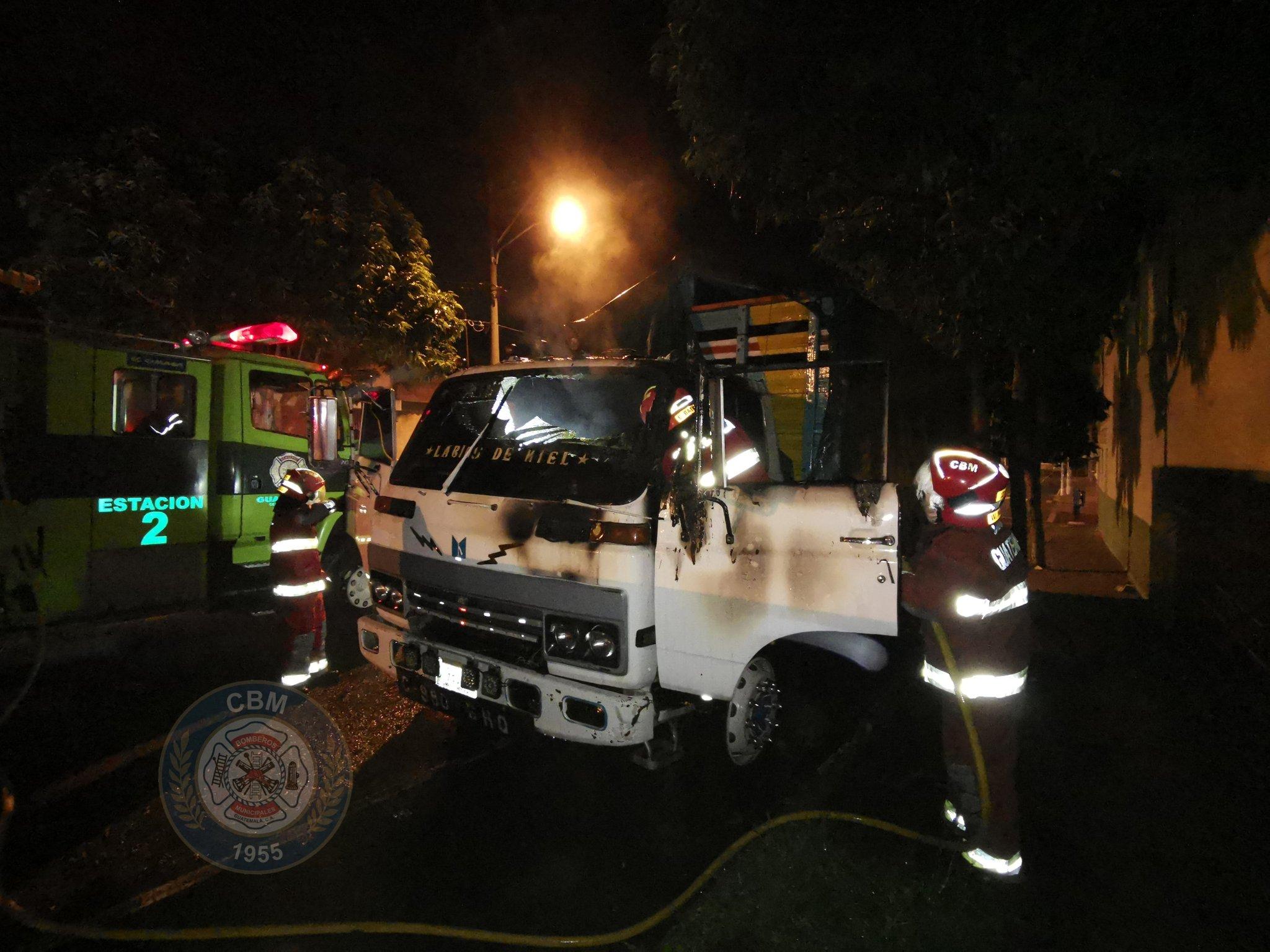 camión se incendia en zona 12